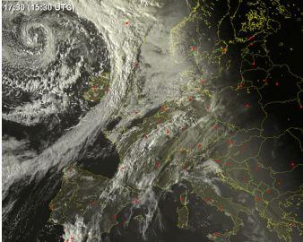 Virs Atlantijas dzimst jauns spēcigs ciklons, kas  pirmdien/otrdien nesīs vētru daudzviet Eiropā